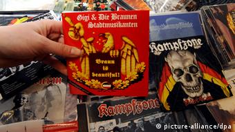 German right-wing music CDs (Photo: Norbert Försterling dpa/lsw +++(c) dpa - Report+++)