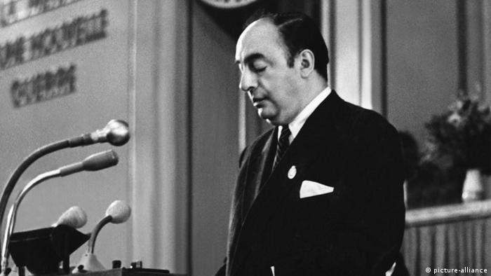Pablo Neruda in Ost-Berlin 1951 (picture-alliance)