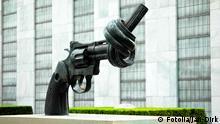 Bildergalerie UN Hauptquartier Denkmal Pistole
