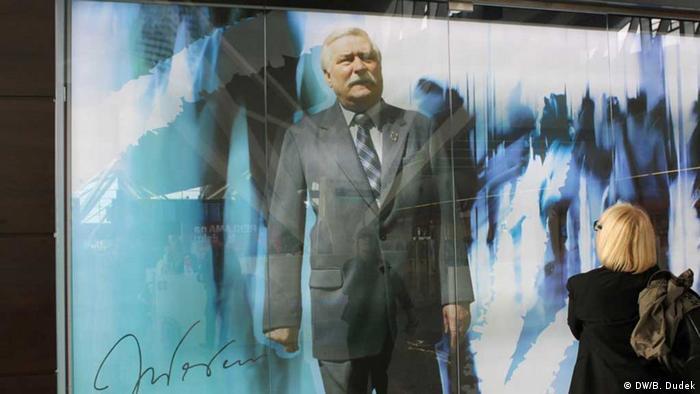 """Europa deveria abolir fronteiras nacionais"" – Lech Walesa"