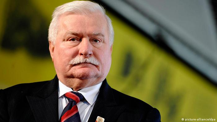 "Lech Walesa: ""Gente como Trump me faz seguir adiante"""