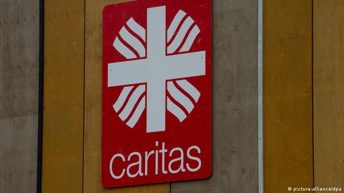Logo Caritas - Foto: Peter Kneffel/dpa