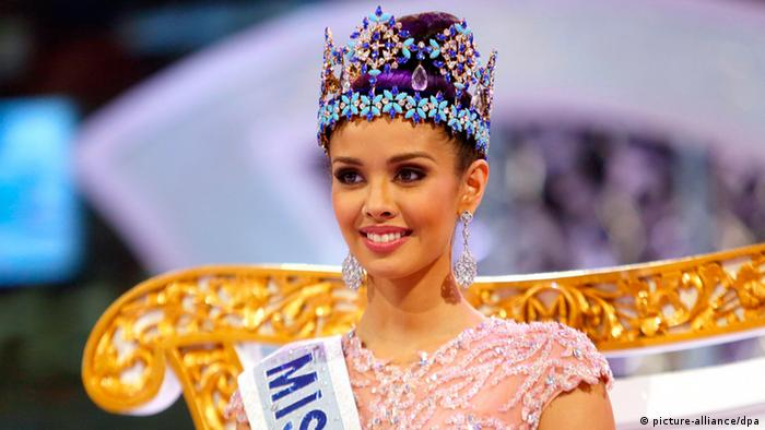 Miss Turkey stripped of Crown over a Tweet
