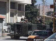 Патруль на вулицях міста Баальбек, поблизу якого точаться бойові дії
