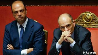 El Gobierno de Letta (der.) será estable mientras cuente con el apoyo de Alfano (izq.).