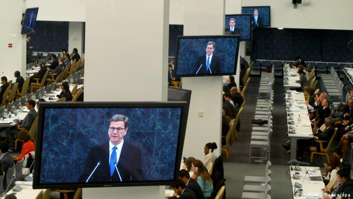 Last speech of Foreign Minister Guido Westerwelle at the UN General Assembly on 28.09.2013 in New York viewed from various televison moniors Photo: Christoph Sator/dpa