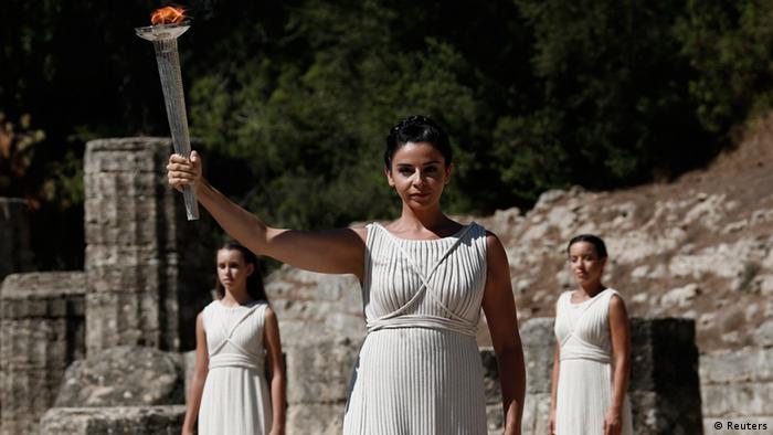 Zeremonie Olympisches Feuer in Olympia Griechenland 29.09.2013 (Foto: Reuters)