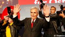 Austrian Chancellor and leader of the Social Democratic Party (SPOe) Werner Faymann addresses supporters after first projections in the Austrian general election in Vienna September 29, 2013. REUTERS/Petr Josek (AUSTRIA - Tags: ELECTIONS POLITICS)
