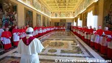 Papst Franziskus kündigt die Heiligsprechung von Johannes Paul II und Johannes XXIII an