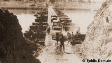 1973 Ägyptische Streitkräfte überqueren den Suezkanal