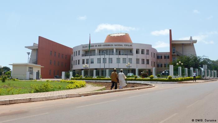 Assembleia Nacional Popular, supremo órgão legislativo e de fiscalização política da Guiné-Bissau