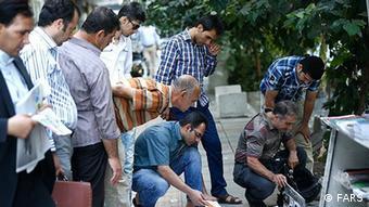 مردم ایران تشنه آزادی مطبوعاتند، اما روزنامهنگاران همواره زیر فشارند. هیئت منصفه جدید مطبوعات از این فشار نخواهد کاست