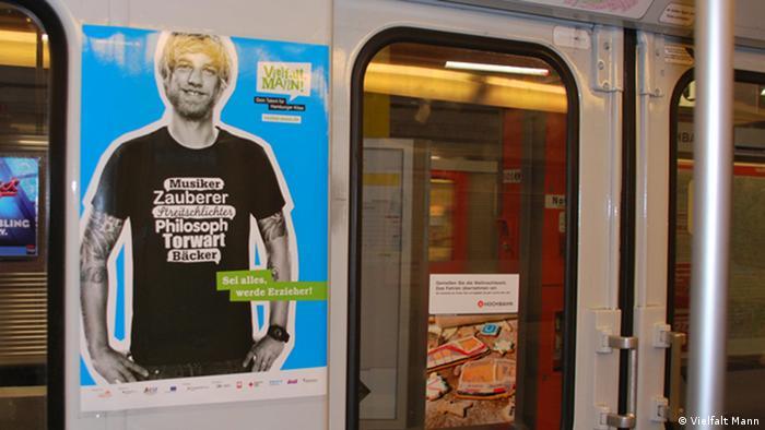 Plakataktion von Vielfalt Mann in Hamburger U-Bahn - Foto: Vielfalt Mann