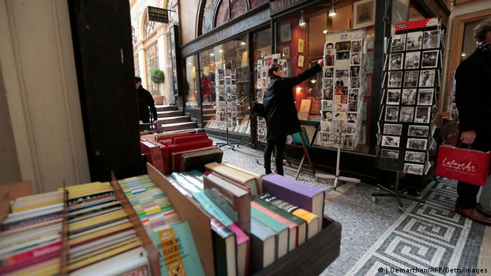 Book shop in Paris