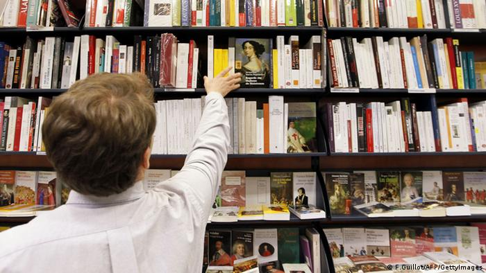 Toko buku di Paris