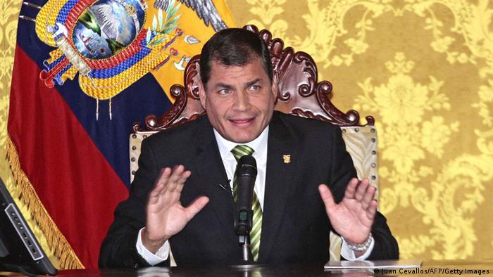 Bildergalerie Yasuni Ecuadors Präsident Correa verkündet Erdölförderung im Yasuni-Nationalpark