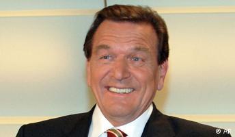 Schröder hofft auf Überhangmandate