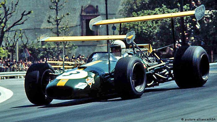 Jack Brabham bei einem Formel-1-Rennen 1969. Foto: dpa-pa