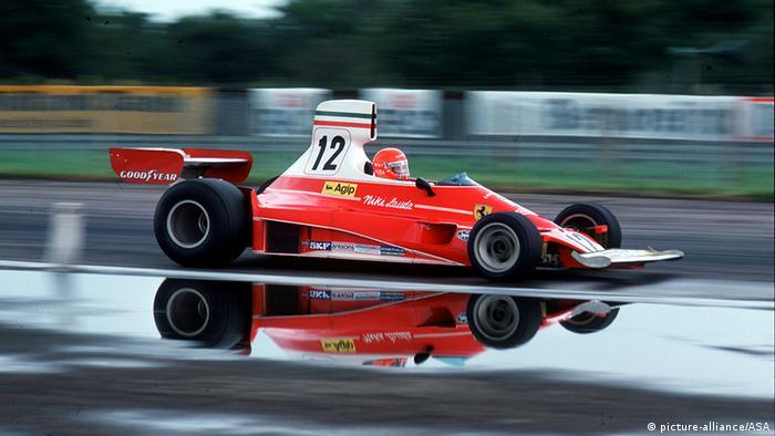 Niki Lauda 1975 beim Grand Prix in England. Foto: dpa-pa
