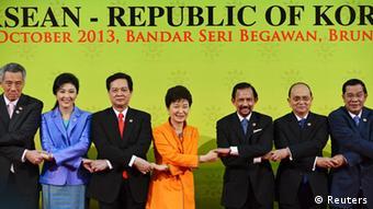 ASEAN Gruppenfoto 09.10.2013