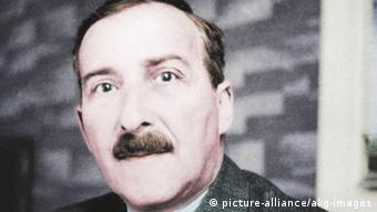 Stefan Zweig / Foto um 1928Petropolis (Brasil) 23.2.1942. Portrait photo, c.1930. Digital colouring.