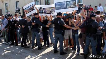 Акция протеста на острове Лампедуза