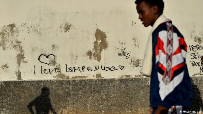 Беженец на острове Лампедуза
