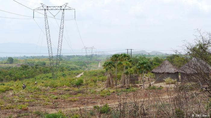 Stromleitung Mosambik