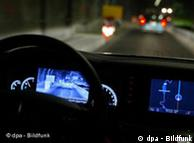 Электронные ассистенты водителя от Mercedes-Benz