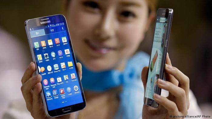 Galaxy Round، نخستین گوشی موبایل منحنی جهان، ساخت شرکت سامسونگ
