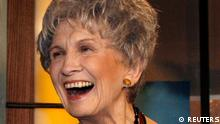 File photo of Canadian writer Alice Munro smiling at the end of the Giller awards ceremony in Toronto in this November 6, 2007. Munro won the Nobel Prize in Literature for being the master of the contemporary short story, the award-giving body said October 10, 2013. REUTERS/Mike Cassese/Files (CANADA - Tags: ENTERTAINMENT PROFILE HEADSHOT)