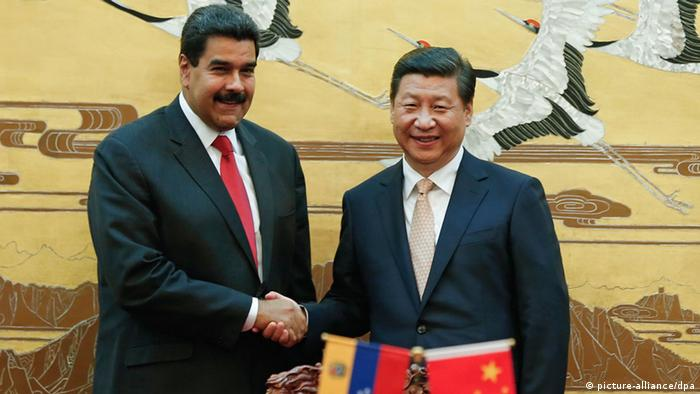Xi Jinping und Nicolas Maduro in Peking (picture-alliance/dpa)