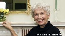FILE - In this Oct. 28, 2002 file photo, Canadian author Alice Munro poses for a photograph at the Canadian Consulate's residence in New York. Munro has won this year's Nobel Prize in literature it was announced Thursday Oct. 10, 2013. The Swedish Academy, which selects Nobel literature winners, called her a master of the contemporary short story. (AP Photo/Paul Hawthorne, File)