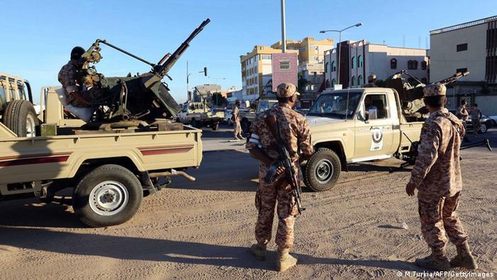 Sicherheitskräfte der libyischen Armee in der Hauptstadt Tripoli (Foto: AFP PHOTO / MAHMUD TURKIA/Getty Images)