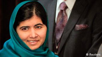 Pakistan's Malala Yousafzai arrives for a photo opportunity before speaking at an event in New York, October 10, 2013. (Photo: REUTERS/Shannon Stapleton)