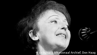 Edith Piaf in Rotterdam 1962. Copyright: Nationaal Archief, Den Haag, Rijksfotoarchief