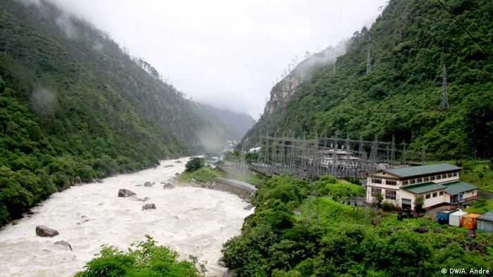 Panoramic view over the Basochu hydropower plant in Bhutan Copyright: DW/Aletta André