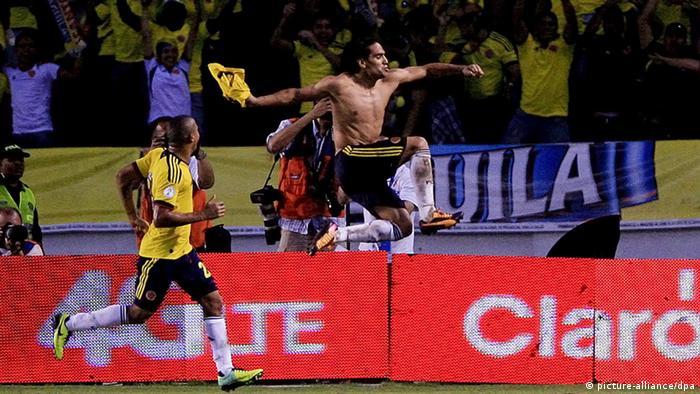 Falcao confía en poder celebrar con el uniforme de Colombia en el Mundial de Brasil 2014.