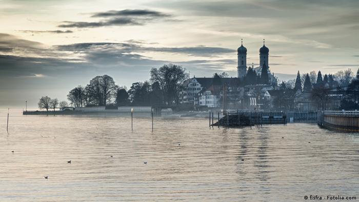 Friedrichshafen junto ao lago de Constança