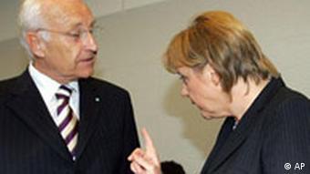 CDU/CSU Fraktionssitzung in Berlin Merkel und Stoiber