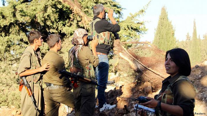 Kurdische Kämpfer in Syrien 14.10.2013 in Aleppo