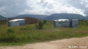 Hütten oder Baracken von Obdachlosen in Tchavola