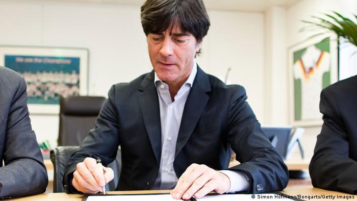 Uma semana após a Alemanha garantir a classificação para a Copa de 2014 815b3a661b6fe