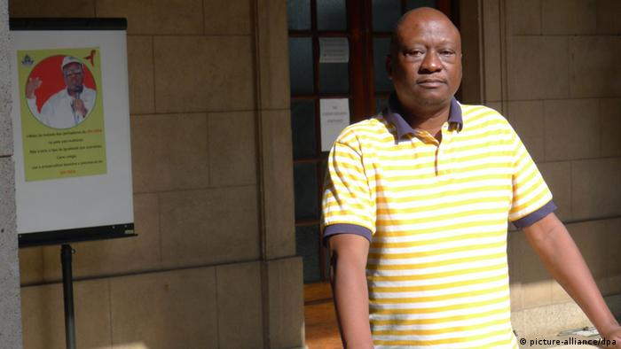 Mosambik Sprecher der Oppositionspartei RENAMO Fernando Mazanga 2013