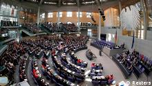 A general view of the Bundestag, German lower house of parliament, during a constitutional meeting in Berlin October 22, 2013. REUTERS/Fabrizio Bensch (GERMANY - Tags: POLITICS TPX IMAGES OF THE DAY)