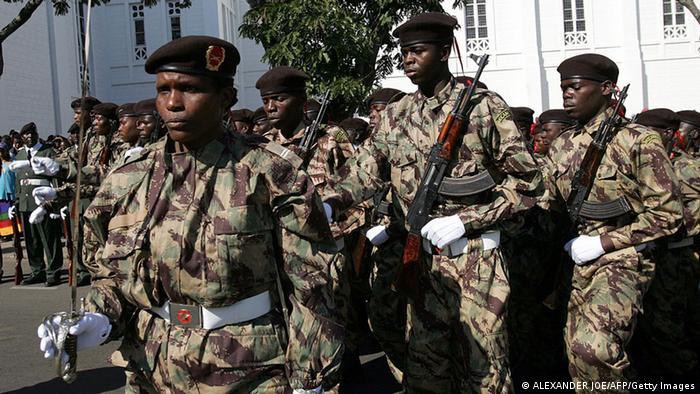 Mosambik Armee (ALEXANDER JOE/AFP/Getty Images)