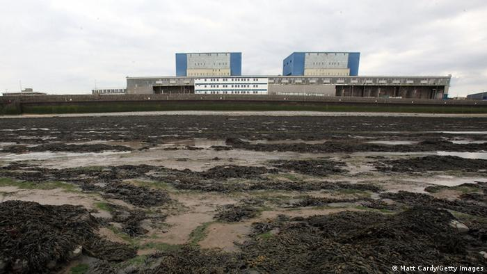 Hinkley Point atomic plant in England (Photo: Matt Cardy/Getty Images)
