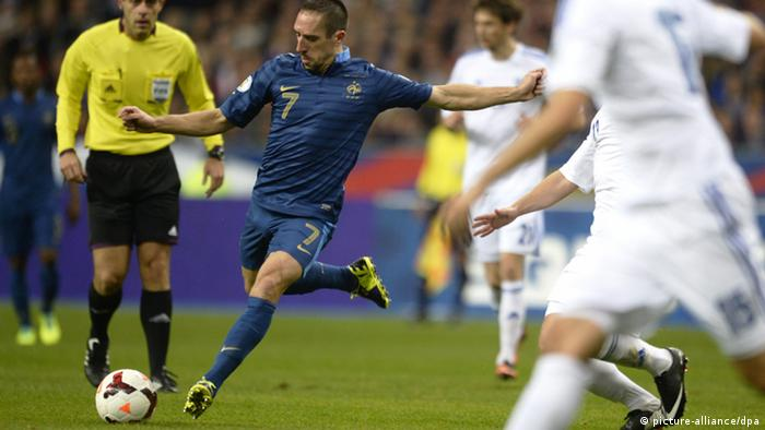 LKS20131015 - France's Franck Ribery in action during FIFA World Cup 2014 football qualification match France vs Finland on October 15th 2013 in Stade de France in Paris, France. LEHTIKUVA / Antti Aimo-Koivisto *** FINLAND OUT. NO THIRD PARTY SALES. ***