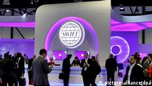 SWIFT Stand bei SIBOS 2013 in Dubai
