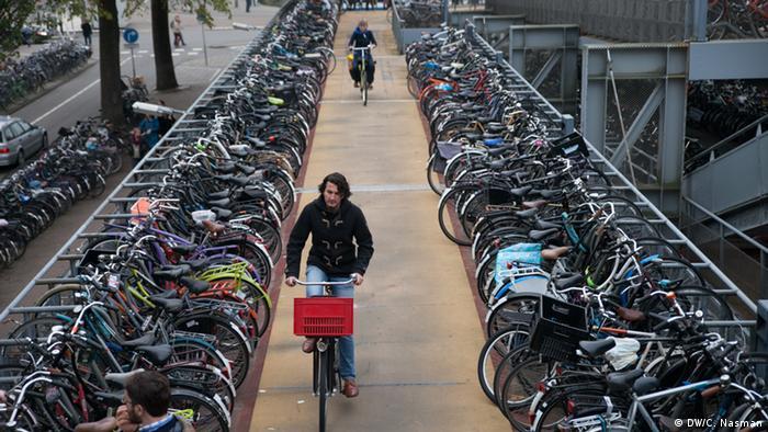 Bildergalerie Amsterdam Fahrräder (DW/C. Nasman)